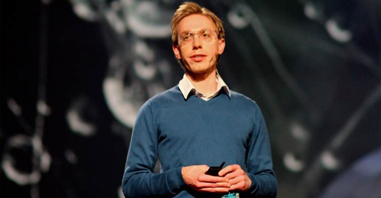 Daniel Tammet giving a lecture