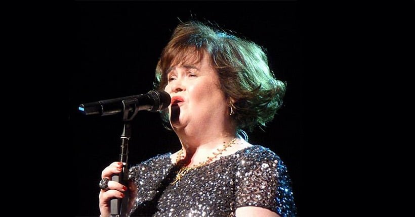 Susan Boyle singing at the Edinburgh Festival Theater, July 12, 2013